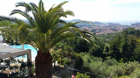 B&B Villa Amaranta: Uitzicht vanuit kamer 4