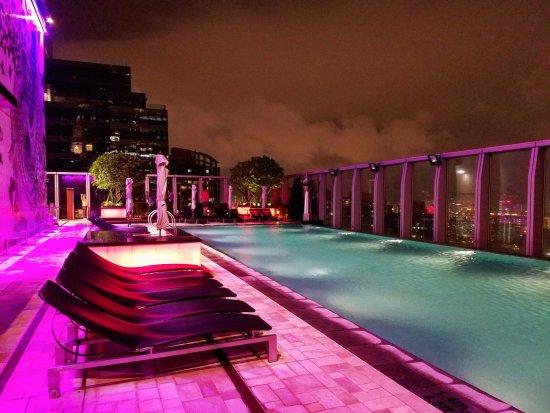 W Hong Kong: 76th floor pool deck