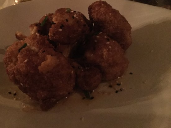Chatham, Нью-Йорк: GEneral Tso Cauliflower appetizer