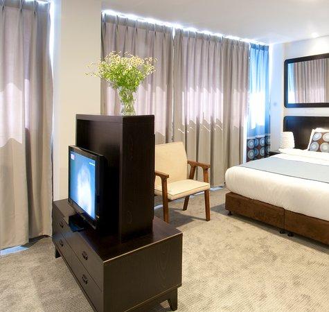 The Embassy Hotel Tel Aviv: room