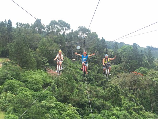 Davao City, Filipinas: they offer adventure rides such as this (i forgot the name)
