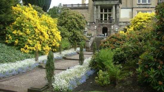 Biddulph, UK: Steps to the Italian garden