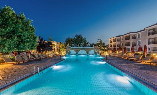 Bitzaro Grande Hotel Photo