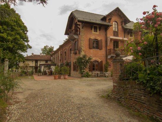 Entrance to Villa La Favorita