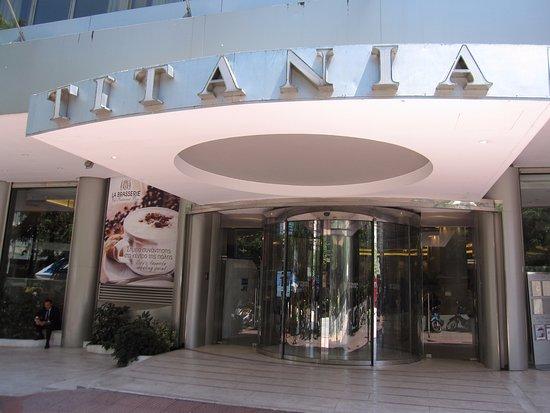 泰坦尼亞酒店照片