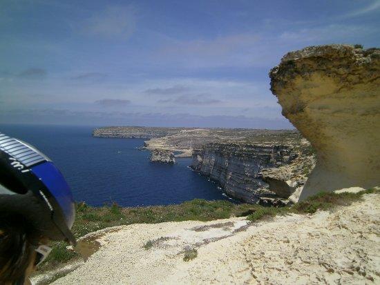 Victoria, Malta: Blick vom Picknickplatz auf die Inland Sea und leider nicht mehr auf das Azzure Window