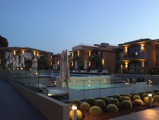 Bild von kube hotel st tropez gassin for Kube hotel london