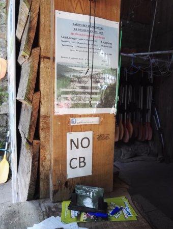 Saint-Antonin Noble Val, Frankrike: Pas de paiement par carte bleu