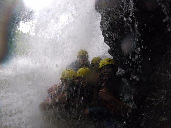 Quepos, Costa Rica: En la cascada