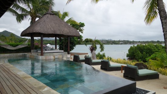 Four Seasons Resort Mauritius at Anahita: This is the pool of the Presidential villa - such a dream!