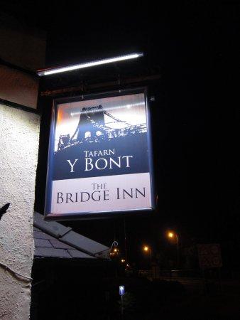 Menai Bridge, UK : Tafarn Y Bont - The Bridge Inn