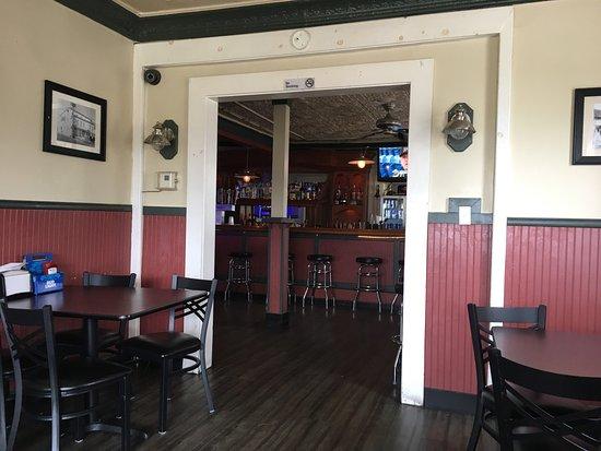 New Freedom, Pensilvania: The Hodle Tavern