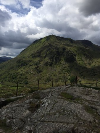 Nant Gwynant, UK: A beautiful week camping and walking