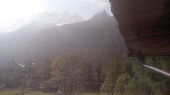 Albergo Aquila Alpina: Dettagli e vista