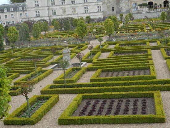 Il giardino dei semplici picture of chateau de - Il giardino dei semplici ...