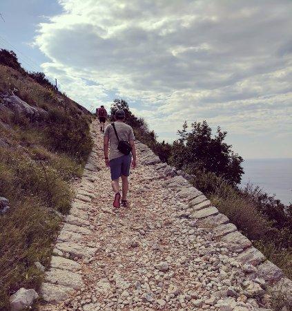 Mount Srdj Ropeway: The climb
