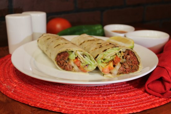 Williston, Dakota del Nord: Adana Kebab Sandwich