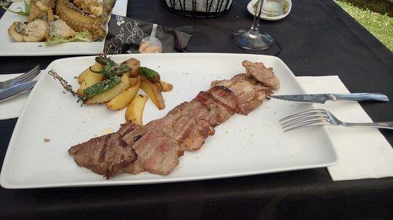Coria del Rio, Spania: Buen sitio y rica comida!!