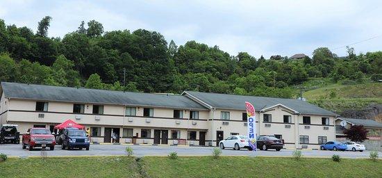 American Elite Inn Hazard