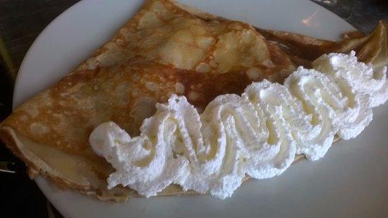 Atao aman : Pomme Caramel au beurre salé chantilly
