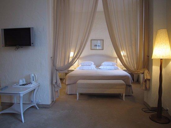 Savoy Boutique Hotel: Suite #203