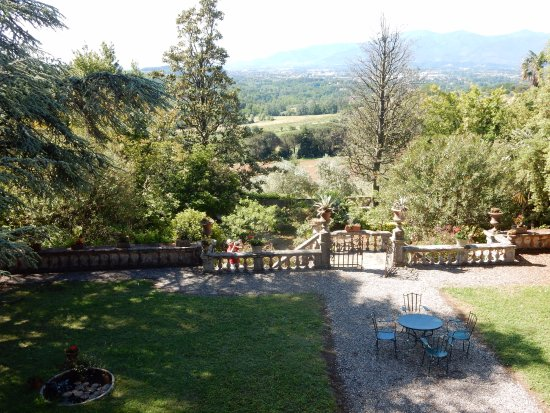 Fattoria Maionchi: View from back bedrooms and sitting area