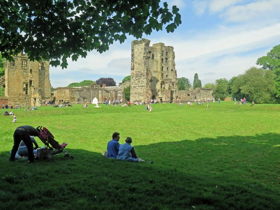 Ashby de la Zouch, UK: Castle and grounds