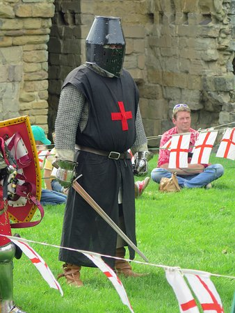 Ashby de la Zouch, UK: Knight ready for combat