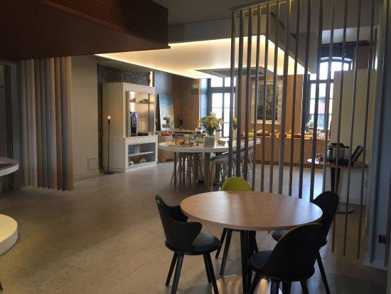 novotel saint brieuc centre gare photo de novotel saint. Black Bedroom Furniture Sets. Home Design Ideas
