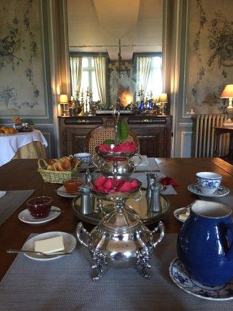 Valframbert, France: Breakfast