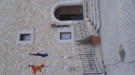 Residencia Real Castillo de Curiel : 20170527_163901_large.jpg