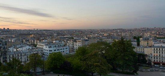 Les Toits De Paris A L Aube Depuis Les Marches Devant Le Sacre
