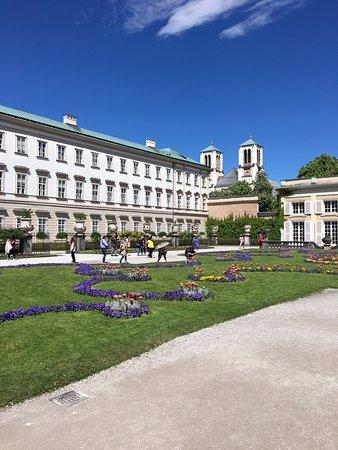 Schloss Mirabell und Gärten: Inside the garden grounds
