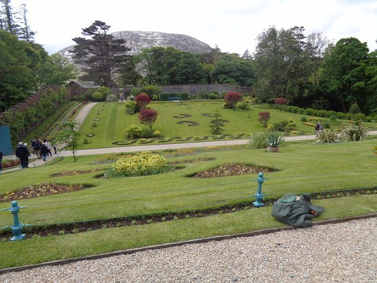 Kylemore, Ierland: walled garden