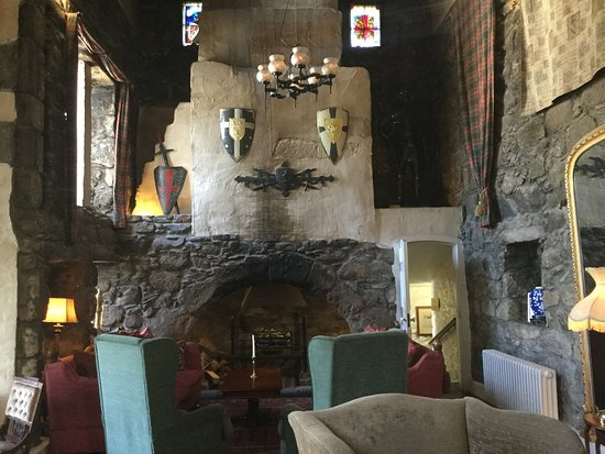 Maryculter, UK: Historic lounge area