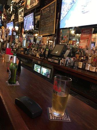 Foley's Pub & Restaurant: photo0.jpg