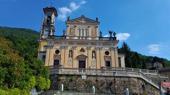 Porto Ceresio - Parrocchia di S.Ambrogio.