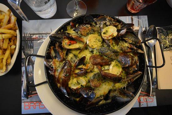 Filet de saint pierre photo de le pointu toulon for Restaurant le pointu toulon