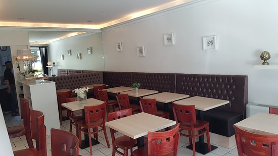 Riberac, Frankrike: Le bar du midi