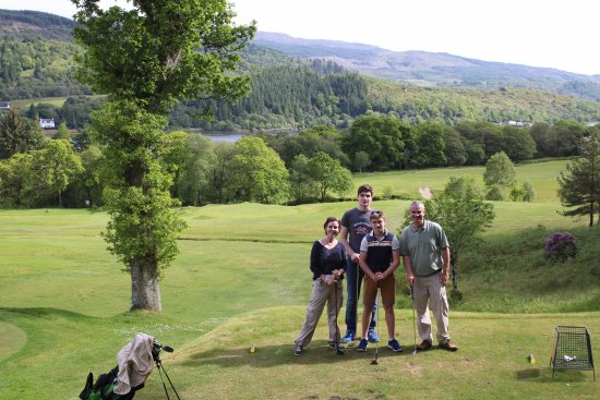 Tarbert Golf Club: Despite the midgies, a great afternoon.