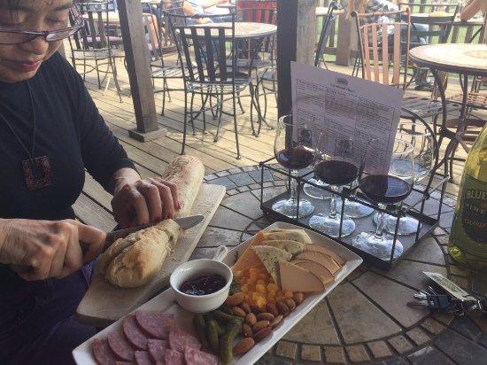 Bluemont, VA: Cheese and ham sample plates