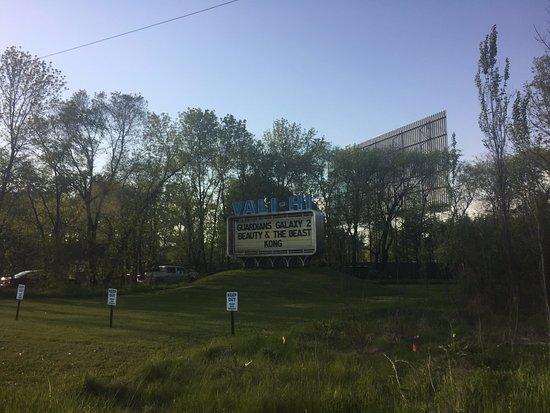 Lake Elmo, MN: Drive in theater