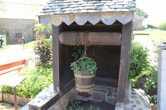 Begard, Frankrike: vieux puits