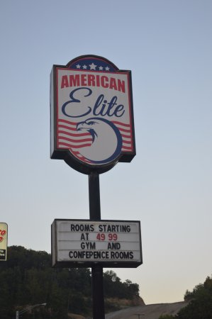 AMERICAN ELITE INN MOTEL HAZARD KY SIGN