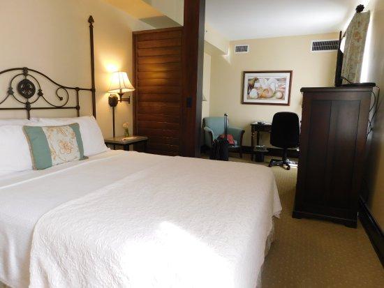Marion, VA: total view of bedroom.