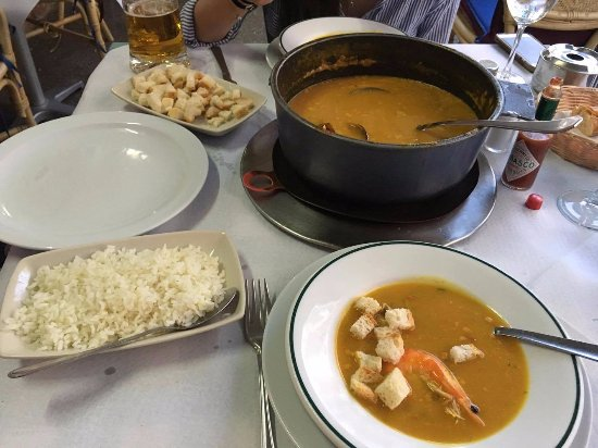Rias Gallegas: seafood soup you could eat with rice, croutons or just by itself.
