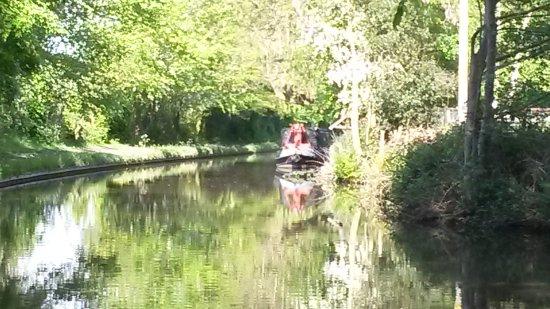 Chirk, UK: Canal walk Llangollen canal