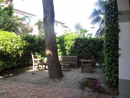 Hotel La Meridiana: le jardin