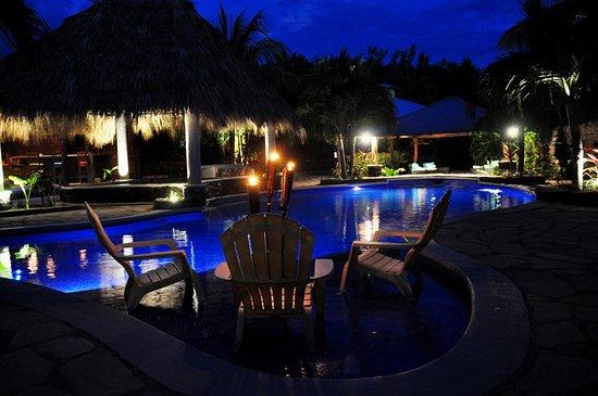Rivas, Nicaragua: Pool Wet Deck at Night