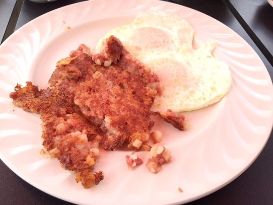 Hilliard, OH: corned beef hash and eggs